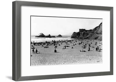 San Francisco, CA Cliff House and Beach Scene Photograph - San Francisco, CA-Lantern Press-Framed Art Print