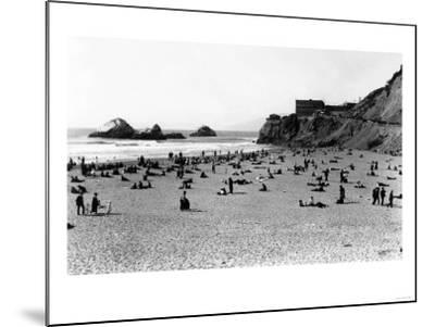 San Francisco, CA Cliff House and Beach Scene Photograph - San Francisco, CA-Lantern Press-Mounted Art Print