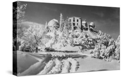Mount Hamilton, California Lick Observatory Photograph - Mount Hamilton, CA-Lantern Press-Stretched Canvas Print