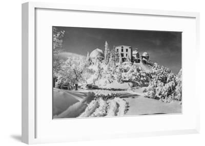 Mount Hamilton, California Lick Observatory Photograph - Mount Hamilton, CA-Lantern Press-Framed Art Print