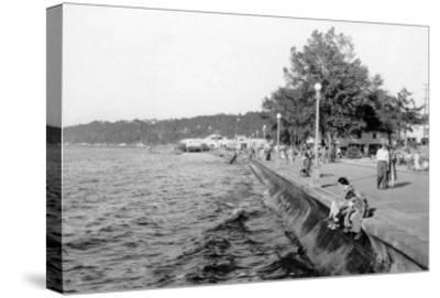 Seattle, WA View of Alki Beach and Boardwalk Photograph - Seattle, WA-Lantern Press-Stretched Canvas Print