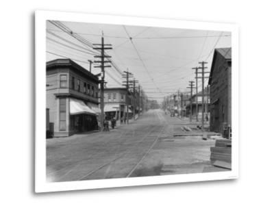 Fremont Avenue looking North Photograph - Seattle, WA-Lantern Press-Metal Print