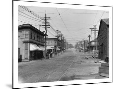 Fremont Avenue looking North Photograph - Seattle, WA-Lantern Press-Mounted Art Print