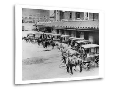 USPS Mail Wagons Photograph - Seattle, WA-Lantern Press-Metal Print