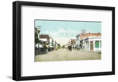 View of University Avenue - Palo Alto, CA-Lantern Press-Framed Art Print