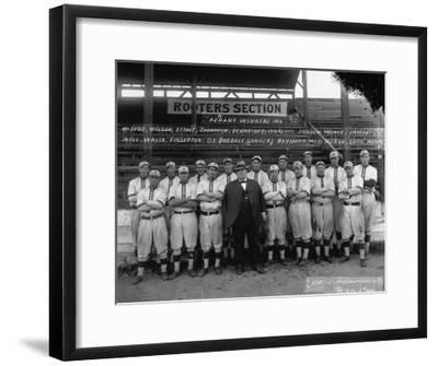 Seattle Giants with Daniel Dugdale Photograph - Seattle, WA-Lantern Press-Framed Art Print