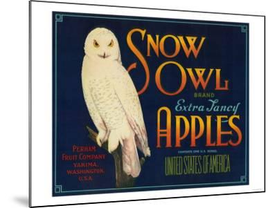 Snow Owl Apple Label - Yakima, WA-Lantern Press-Mounted Art Print