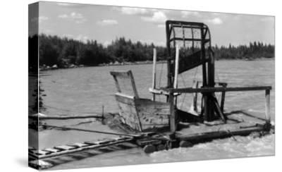 An Alaskan Fish Wheel View - Copper River, AK-Lantern Press-Stretched Canvas Print
