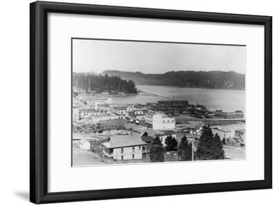 View of North Bend, Oregon Photograph - North Bend, OR-Lantern Press-Framed Art Print