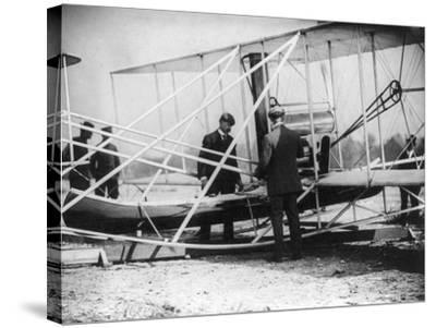 Wilbur Wright with Canoe attached to Plane Photograph - New York-Lantern Press-Stretched Canvas Print