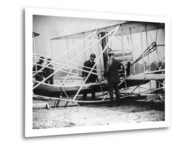 Wilbur Wright with Canoe attached to Plane Photograph - New York-Lantern Press-Metal Print