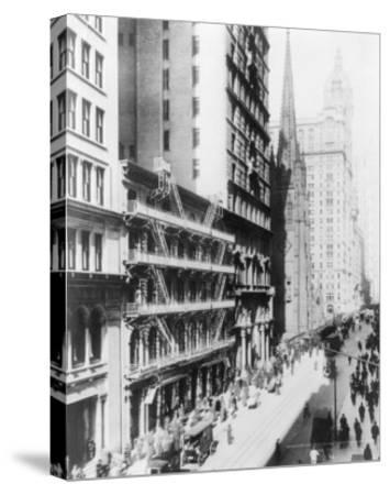 American Express Building on Broadway North NYC Photo - New York, NY-Lantern Press-Stretched Canvas Print