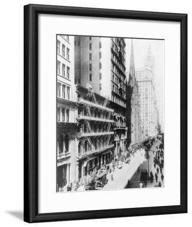 American Express Building on Broadway North NYC Photo - New York, NY-Lantern Press-Framed Art Print