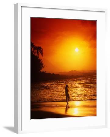 Ke'e Beach at Sunset-Linda Ching-Framed Photographic Print