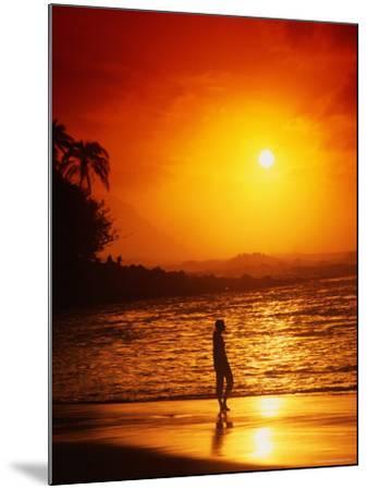 Ke'e Beach at Sunset-Linda Ching-Mounted Photographic Print