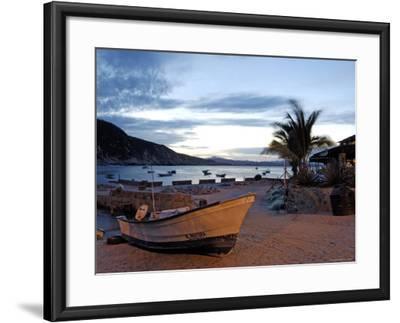 Sunrise at Tehuamixtle Beach-Dan Gair-Framed Photographic Print