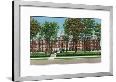 Davenport, Iowa, View of St. Ambrose College-Lantern Press-Framed Art Print