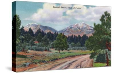 Colorado, View of the Spanish Peaks-Lantern Press-Stretched Canvas Print