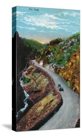 Manitou Springs, Colorado, View of Ute Pass-Lantern Press-Stretched Canvas Print