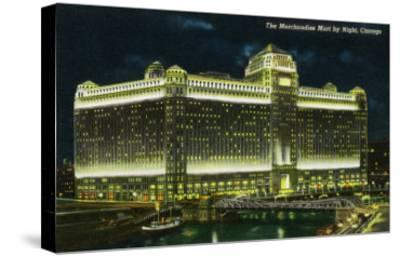 Chicago, Illinois, Exterior View of the Merchandise Mart Building at Night-Lantern Press-Stretched Canvas Print