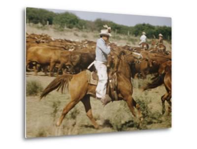 Cowboys on the King Range, TX-Eliot Elisofon-Metal Print