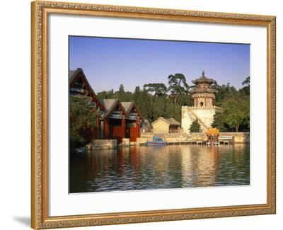 Kunming Hu Lake, Summer Palace Park, Summer Palace, Beijing, China-Gavin Hellier-Framed Photographic Print