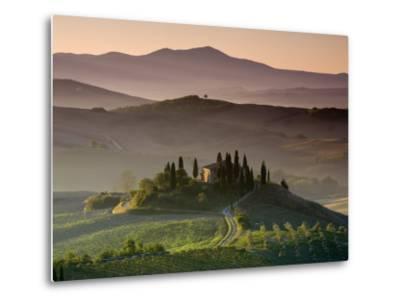 Farmhouse, Val D' Orcia, Tuscany, Italy-Doug Pearson-Metal Print