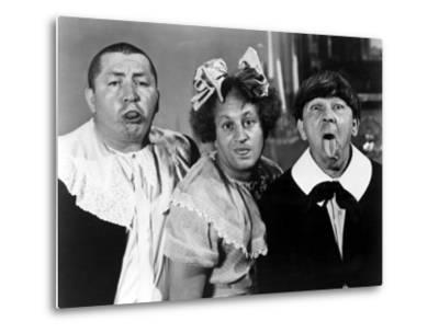 All the World's a Stooge, Curly Howard, Larry Fine, Moe Howard, 1941--Metal Print