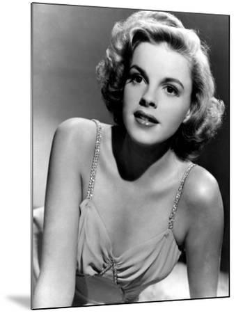 Judy Garland in the Early 1940s--Mounted Photo