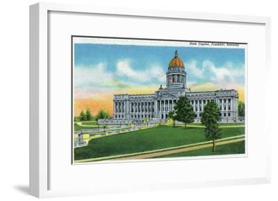 Frankfort, Kentucky - Exterior View of the State Capitol, c.1939-Lantern Press-Framed Art Print