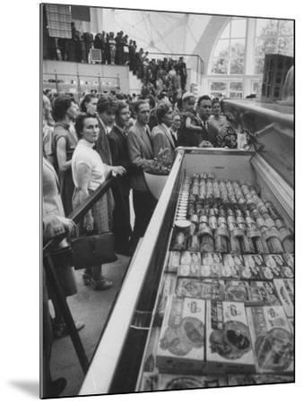 Crowds Checking Out Frozen Foods at the Us Exhibit, During the Poznan Fair-Lisa Larsen-Mounted Photographic Print