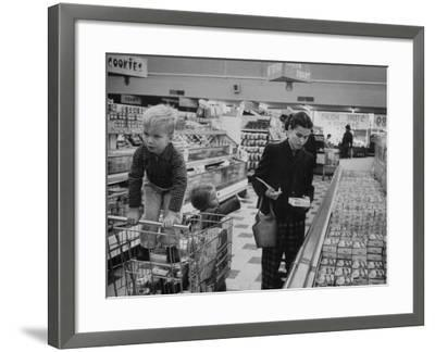 Working Mother Jennie Magill Shopping with Her Children at the Super Market--Framed Photographic Print
