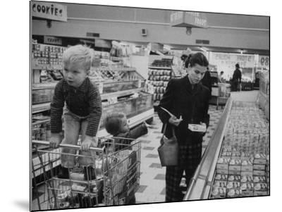 Working Mother Jennie Magill Shopping with Her Children at the Super Market--Mounted Photographic Print