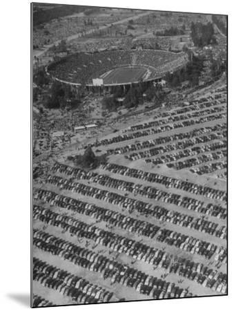 Aerial View of Rose Bowl Showing Thousands of Cars Parked around It-Loomis Dean-Mounted Photographic Print