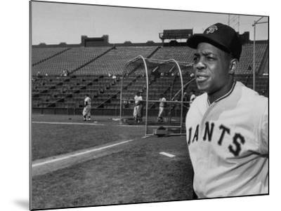 Baseball Star, Willie Mays on the Field--Mounted Premium Photographic Print