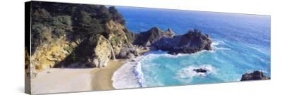 Mcway Falls, Mcway Cove, Julia Pfeiffer Burns State Park, Big Sur, California, USA--Stretched Canvas Print