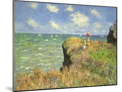 Cliff Walk at Pourville, 1882-Claude Monet-Mounted Premium Giclee Print