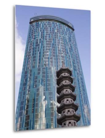 Beetham Tower, Radisson Sas Hotel, Pagoda, Chinese Quarter, Birmingham, England, United Kingdom-Martin Child-Metal Print