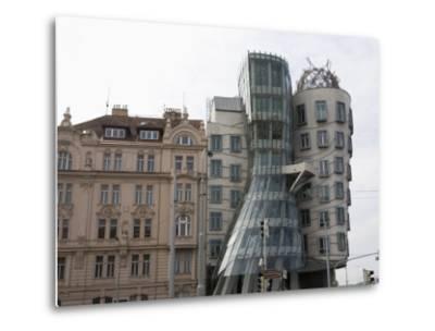 Dancing House, Prague, Czech Republic, Europe-Martin Child-Metal Print