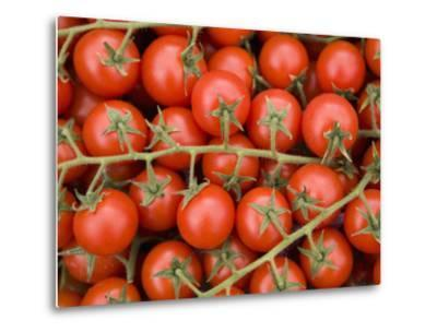 Vine Tomatoes in Street Market, Ortygia, Syracuse, Sicily, Italy, Europe-Martin Child-Metal Print