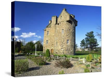 Claypotts Castle, Broughty Ferry, Near Dundee, Highlands, Scotland, United Kingdom, Europe-Kathy Collins-Stretched Canvas Print