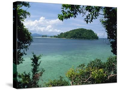 Pulau Mamutik Islands in Tunku Abdul Rahman Park, Sabah, Borneo, Malaysia, Southeast Asia-Robert Francis-Stretched Canvas Print