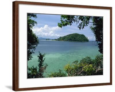 Pulau Mamutik Islands in Tunku Abdul Rahman Park, Sabah, Borneo, Malaysia, Southeast Asia-Robert Francis-Framed Photographic Print