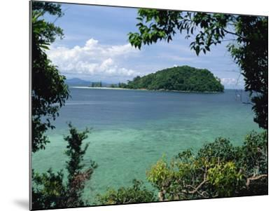 Pulau Mamutik Islands in Tunku Abdul Rahman Park, Sabah, Borneo, Malaysia, Southeast Asia-Robert Francis-Mounted Photographic Print