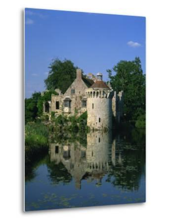 Castle Reflected in Lake, Scotney Castle, Near Lamberhurst, Kent, England, United Kingdom, Europe-Tomlinson Ruth-Metal Print