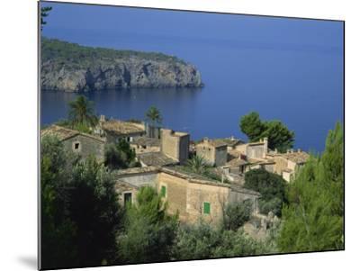 Lluc Alcari Near Deya, Majorca, Balearic Islands, Spain-Tomlinson Ruth-Mounted Photographic Print
