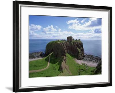 Dunnottar Castle, Near Stonehaven, Highlands, Scotland, United Kingdom, Europe--Framed Photographic Print