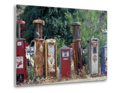 Roadside Route 66 Gallery, New Mexico, USA-Julie Bendlin-Metal Print