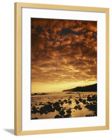 Sunrise at Honokohau Bay, Maui, Hawaii, USA-Charles Gurche-Framed Photographic Print