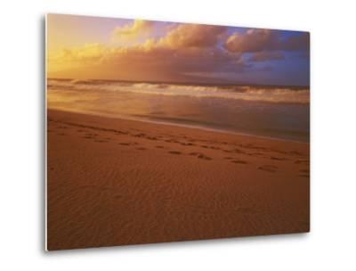 Sunset at DT Fleming State Beach, Maui, Hawaii, USA-Charles Gurche-Metal Print
